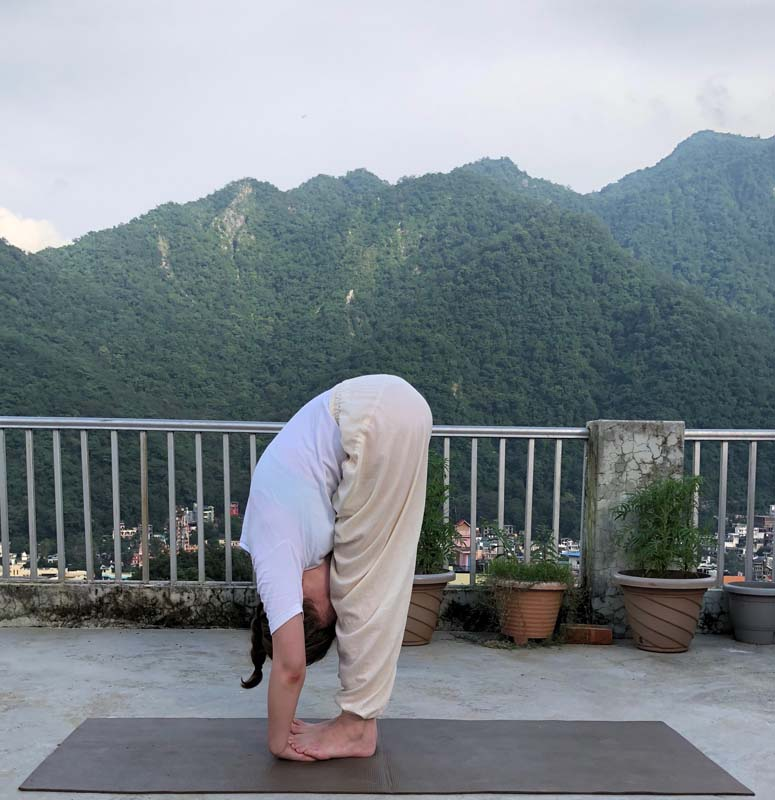 Padahastasana (Hands to Foot Pose) -Instructions, Benefits & Contra-Indications