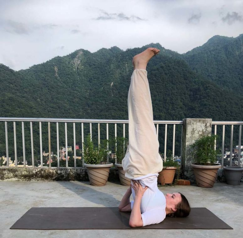 Vipareeta Karani Asana (Inverted Pose) – Instructions, Alignment & Benefits