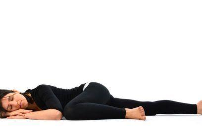 Matsya Kridasana (Flapping Fish Pose) – How to Perfom Matsya Kridasana, Benefits & Cautions